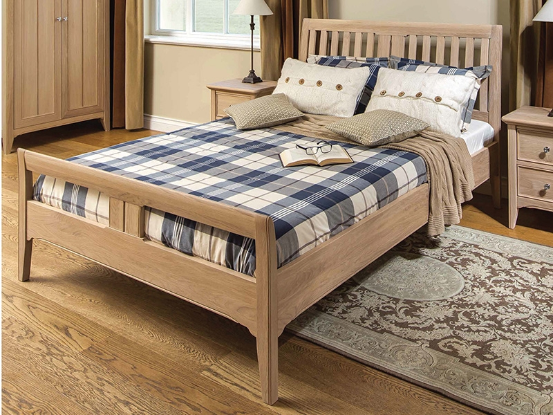 New England Double Bed