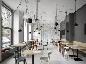 Cafe Interior Design Manufacturers in Delhi