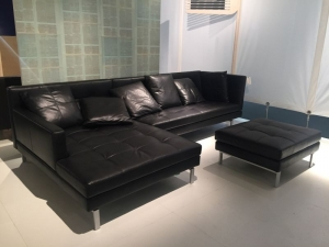 Black Leather L Shaped Sofa Manufacturers in Delhi