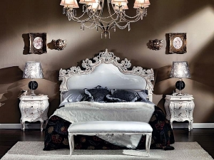 Carved Upholstered Bed Manufacturers in Delhi