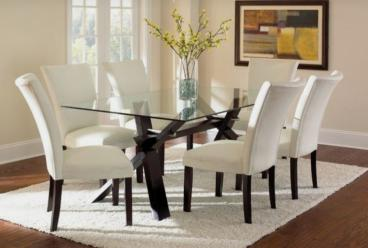 Stylish Glass Dining Table Manufacturers in Ahmedabad
